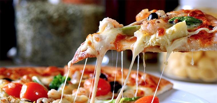 pizza cu blat subțire