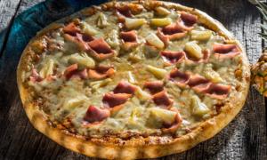 Pizza Hawaiiană